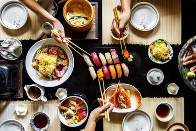 Réserver pour un groupe dans un restaurant japonais